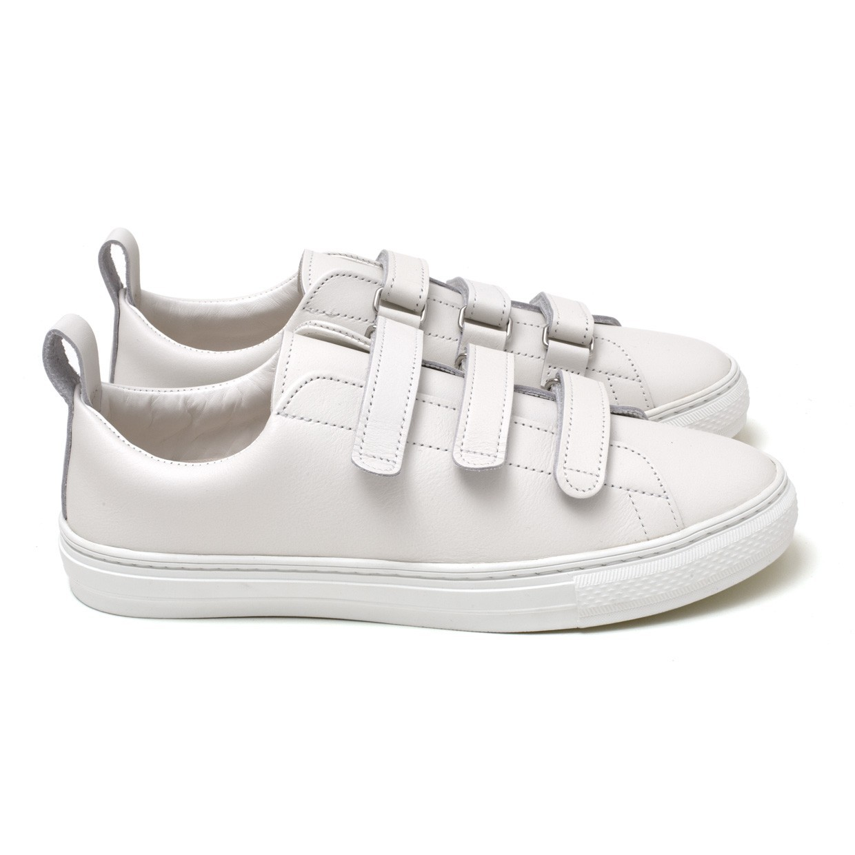 Bull Terrier Smooth Chubby 3 Strap Blanche
