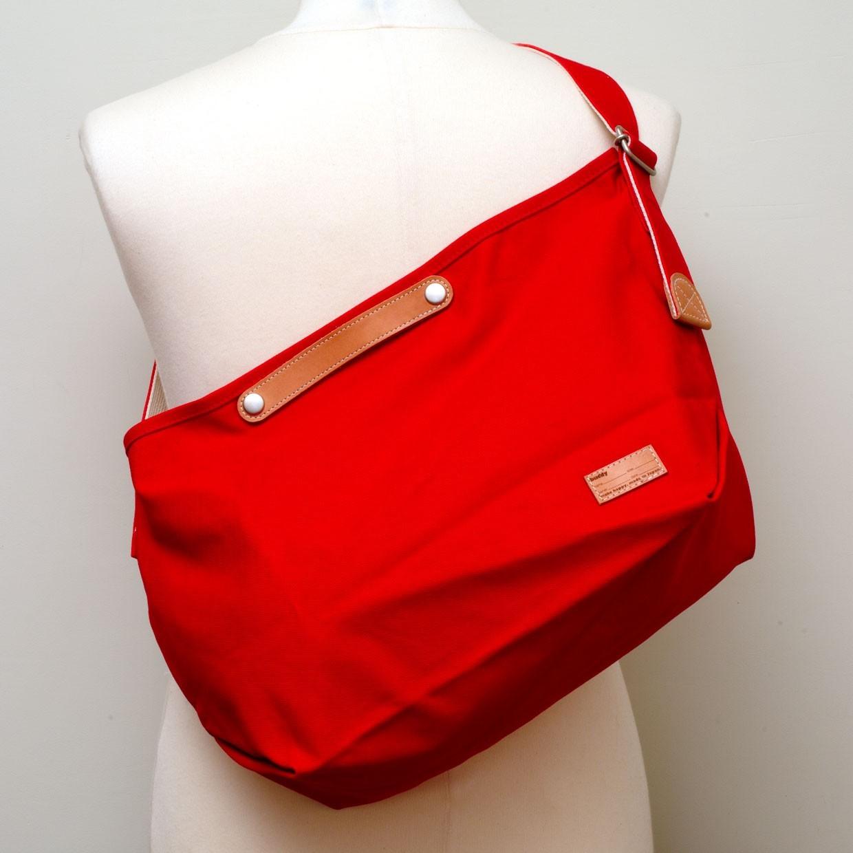 Tail Shoulder Bag Red