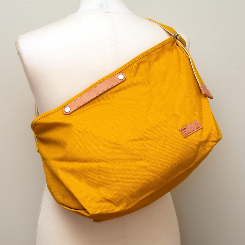 Tail Shoulder Bag Mustard