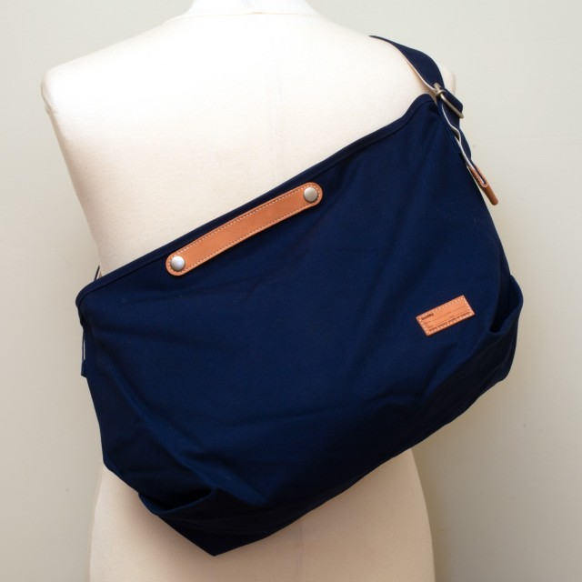 Tail Shoulder Bag Navy